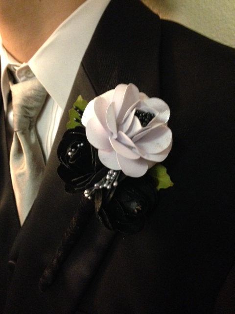 Wedding - Wedding corsage for men, wedding boutonniere, lap pin corsage,