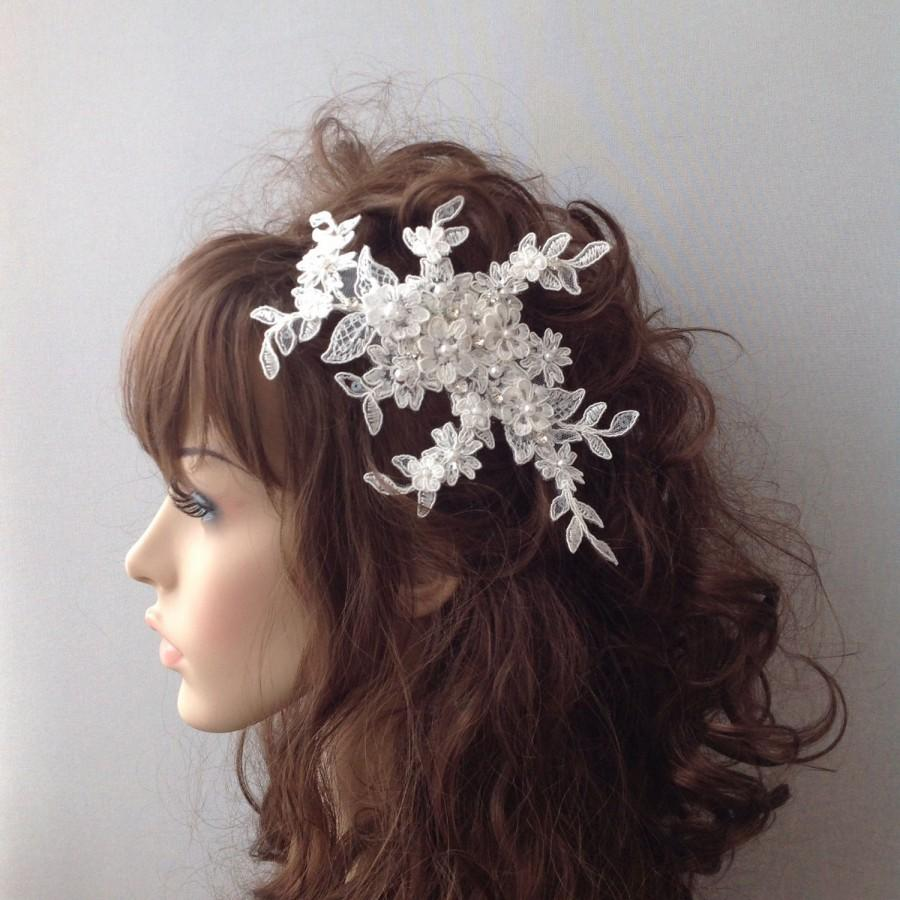 Свадьба - Ivory Bridal Comb, Bridal Comb Headpiece, Crystal Bridal Comb, Flower Wedding Comb, Wedding Hair Piece, Bridal Comb - $55.00 USD