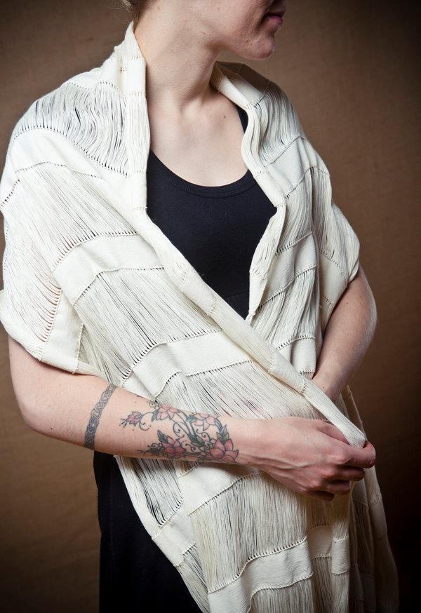 Mariage - Minimal Arete - Handwoven shawl