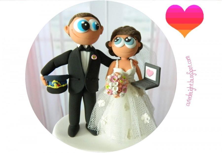 Mariage - Policeman groom Wedding Cake Topper - laptop bride cake topper, CUSTOM cake topper, FUNNY cake topper, wedding cake topper,customized topper