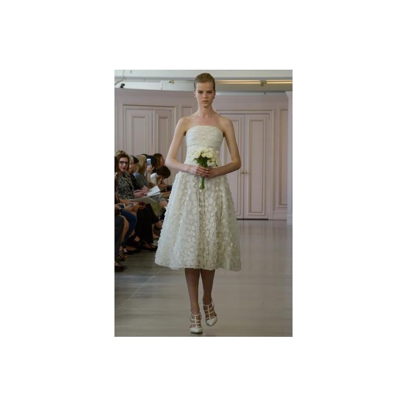 Свадьба - Oscar de la Renta Spring 2016 Wedding Dress 3 - A-Line White Strapless Oscar de la Renta Tea Length Spring 2016 - Nonmiss One Wedding Store