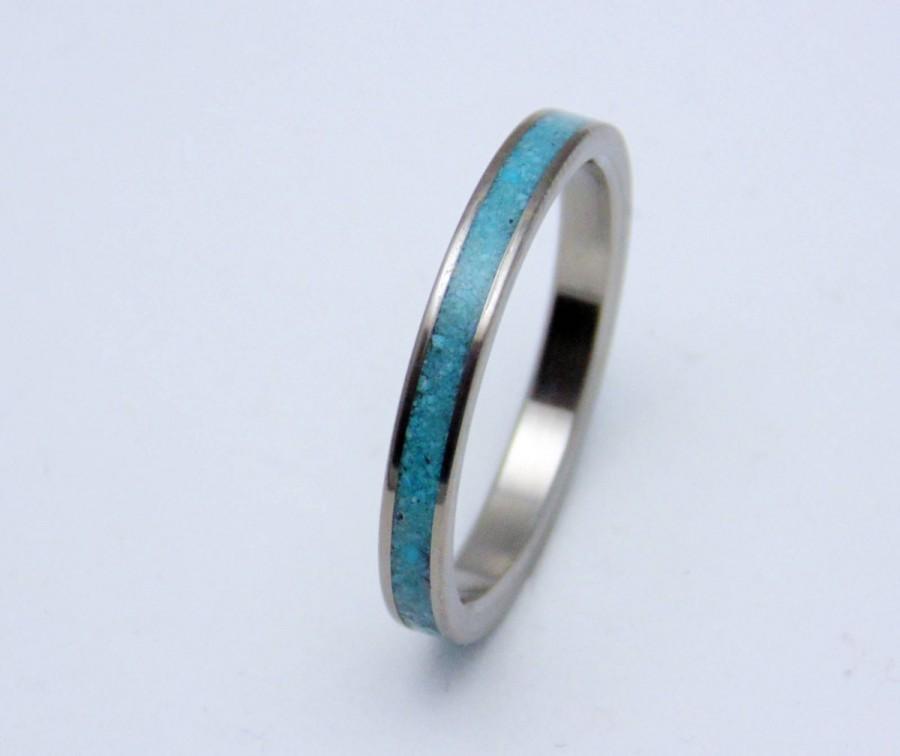 Mariage - Titanium and Turquoise wedding band,   Women's dainty titanium ring
