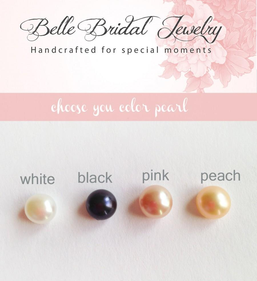 Hochzeit - Button Pearl Studs, sterling Silver Post, classic pearl earrings, pink pearl studs, children earrings, white pearls, black earrings