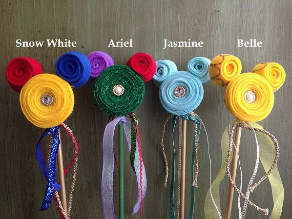 Mariage - Disney Wedding Flower Girl Princess Wands