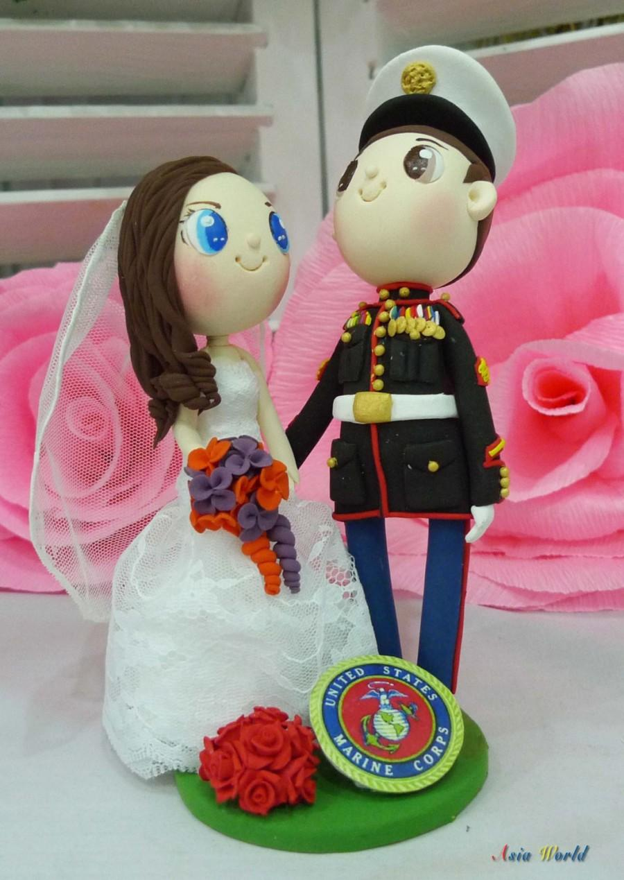 Mariage - US Marine wedding cake topper with Marine Corps logo clay doll, lace wedding dress clay couple, clay ring holder, engagement clay miniature