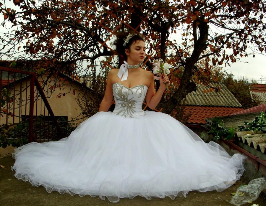 Свадьба - Crystal Heart - Glamorous Wedding Dress, Hand-Beaded Corset, Sweetheart Neckline, Swarovski Rhinestones, Shtras, Crystal Tulle Skirt