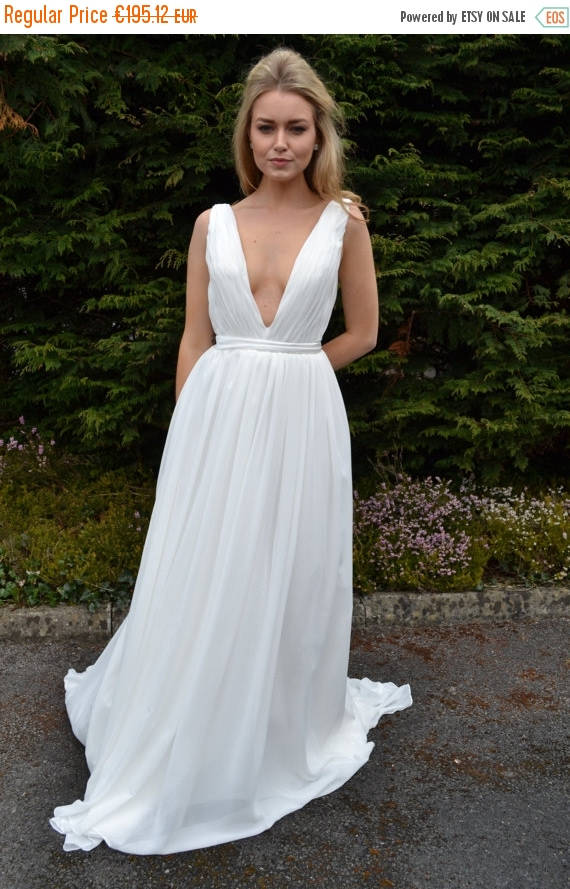 WEDDING ON SALE Ready To Wear \'Serena\' Prom Dress Plunging Deep V ...