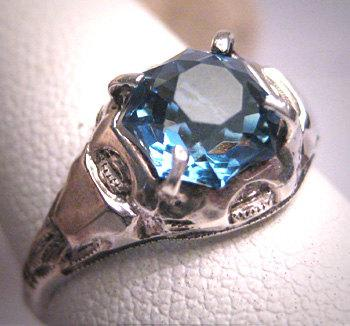 Mariage - Antique Star Cut Sapphire Ring Wedding Vintage Victorian Art Deco 1920