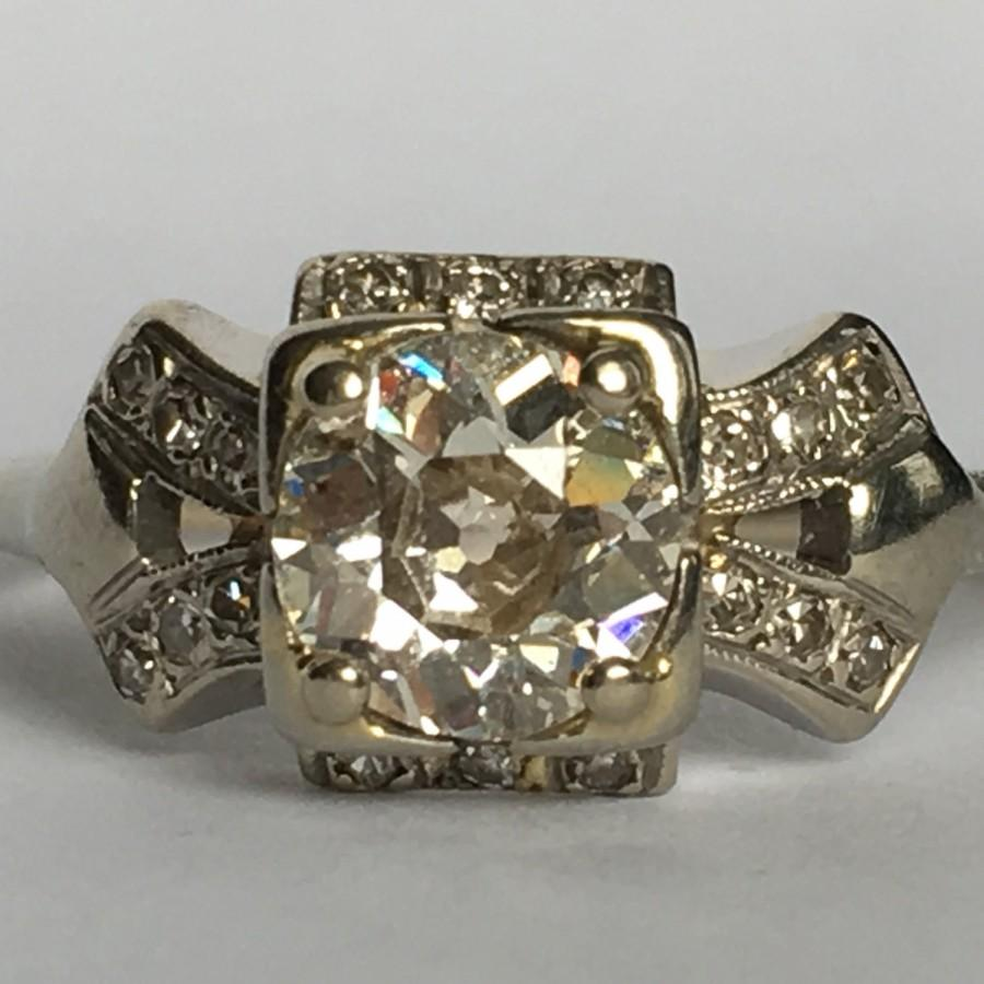 Mariage - Vintage Diamond Engagement Ring. 14K White Gold Art Deco Setting. 1+ TCW. Unique Engagement Ring. April Birthstone. 10 Year. Appraised.