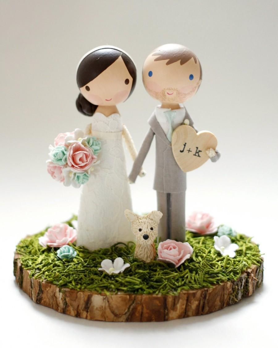 Свадьба - custom wedding cake topper - wood slab base