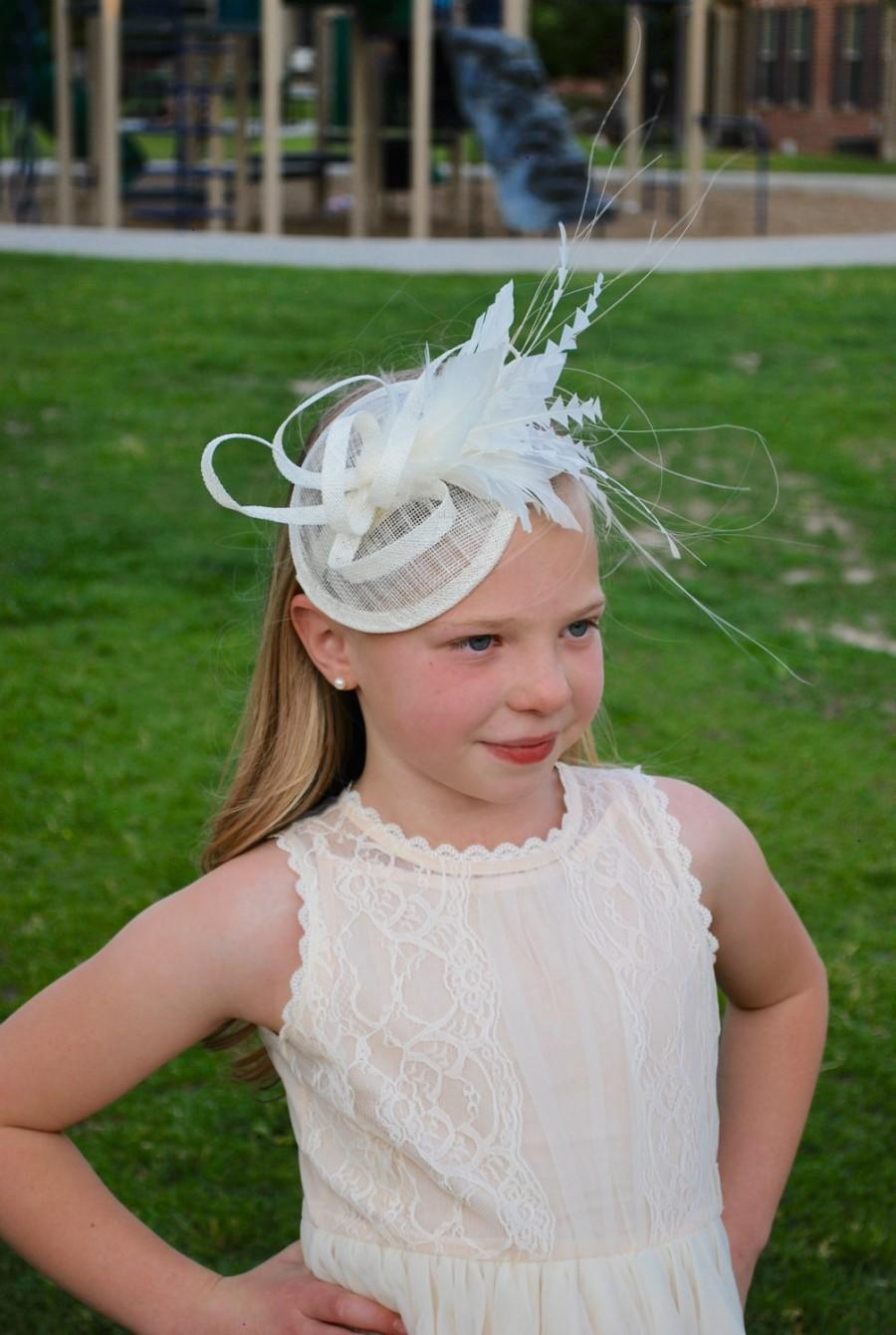 Свадьба - Girl's Ivory Fascinator, Womens Tea Party Hat, Church Hat, Kentucky Derby Hat, Fancy Hat, Ivory Hat, Tea Party Hat, wedding hat, British Hat