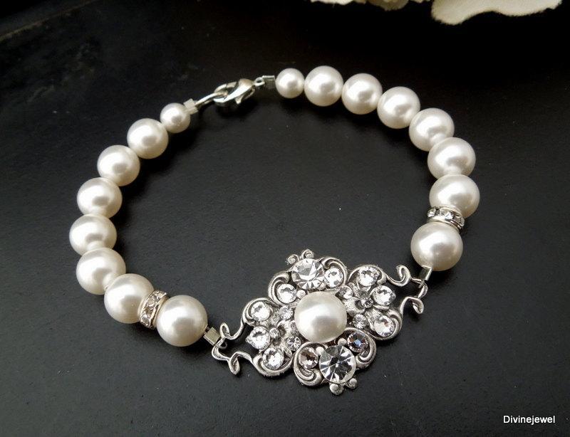Mariage - ivory swarovski pearl and crystal Bracelet Statement Bridal Bracelet Bridal Cuff Wedding Rhinestone Bracelet swarovski crystal CLAUDE