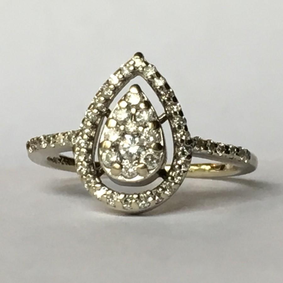 زفاف - Vintage Diamond Cluster Ring. 14K Gold. Diamond Halo Setting. Unique Engagement Ring. April Birthstone. 10th Anniversary. Estate Jewelry.