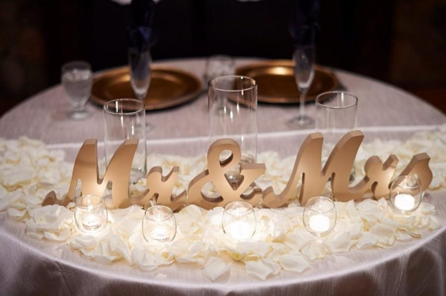 Mariage - Mr and Mrs Wedding Sign for Table Centerpieces Decor Mr and Mrs Letters, Large Thick Mr & Mrs Sign Set (Item - MTS100)