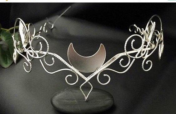 Düğün - Silver Moon Elvish Circlet, Woodland Crescent Moon Tiara, Artisan Wire Work Circlet Handmade, OOAK Bridal Circlet, Handfasting Circlet