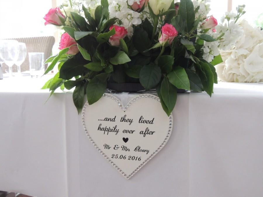 Boda - Personalised wedding heart decor, top table decor, wedding top table decor, and they lived happily ever after, Mr & Mrs wedding decor