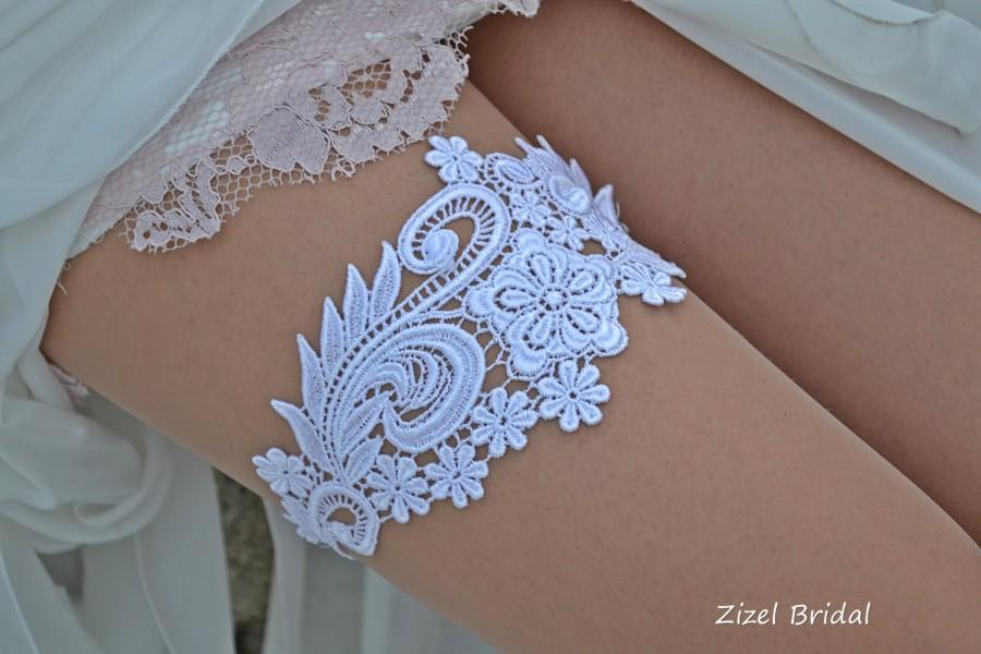 Mariage - White Wedding Garter, Bridal Garter, Wedding Garter Set, Garter Set, Wedding Clothing, Garter, White Lace Garter, Handmade Garter, Garters