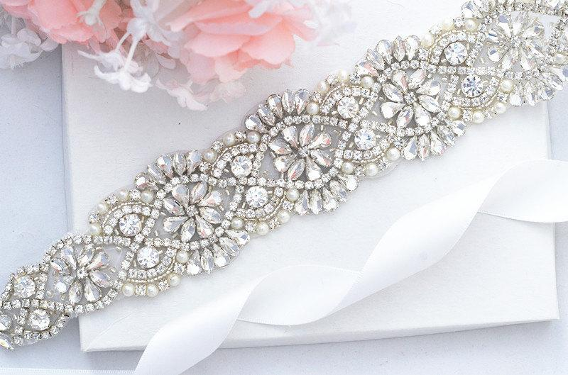 Hochzeit - Bridal Sash Belt, Bridal Belt, Sash Belt, Wedding Dress Belt, Crystal Rhinestone Belt