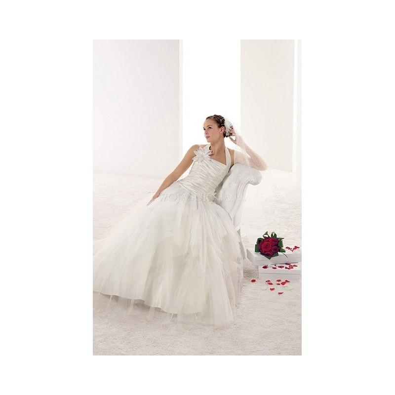 Nozze - Pronuptia Paris - Mademoiselle Amour (2014) - Melle Lena - Glamorous Wedding Dresses