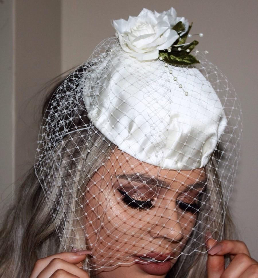Düğün - Ivory Bridal hat fascinator  with birdcage veil