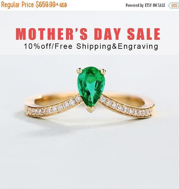 10 Off Emerald Engagement Ring Vintage Pear Cut Unique Rose Gold