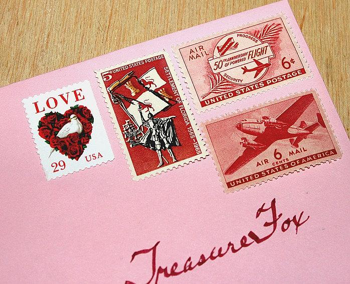 Свадьба - I LOVE Red .. Travel .. Unused Vintage US Postage Stamps .. Enough to mail 10 letters. LOVE stamp and travel themed stamps for mailing