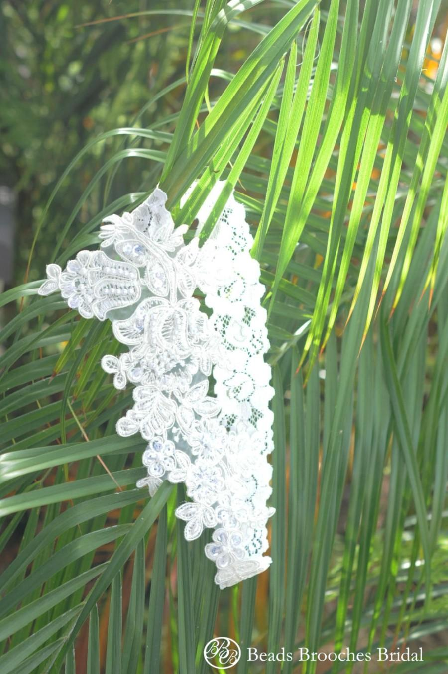 Mariage - Plus Size Lace Flower Garter With Sequins Beads for Plus size,Plus size Wedding Garter,Plus Size White Lace Bridal Garter,Plus Size Garter