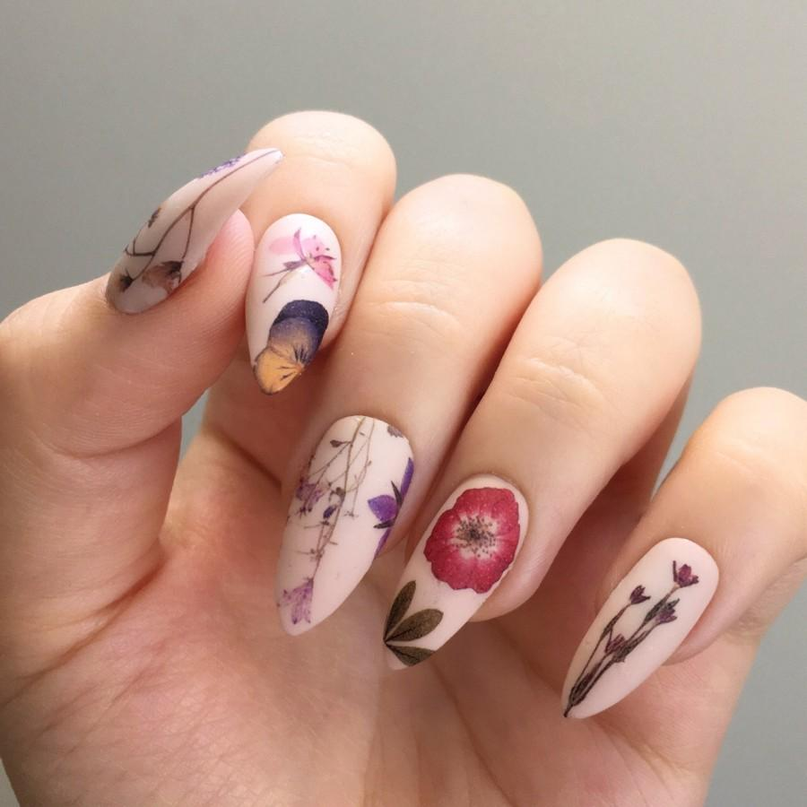 Свадьба - Pressed Dried Flowers Design Water Slide Nail Decals/Nail Tattoos/Nail Stickers
