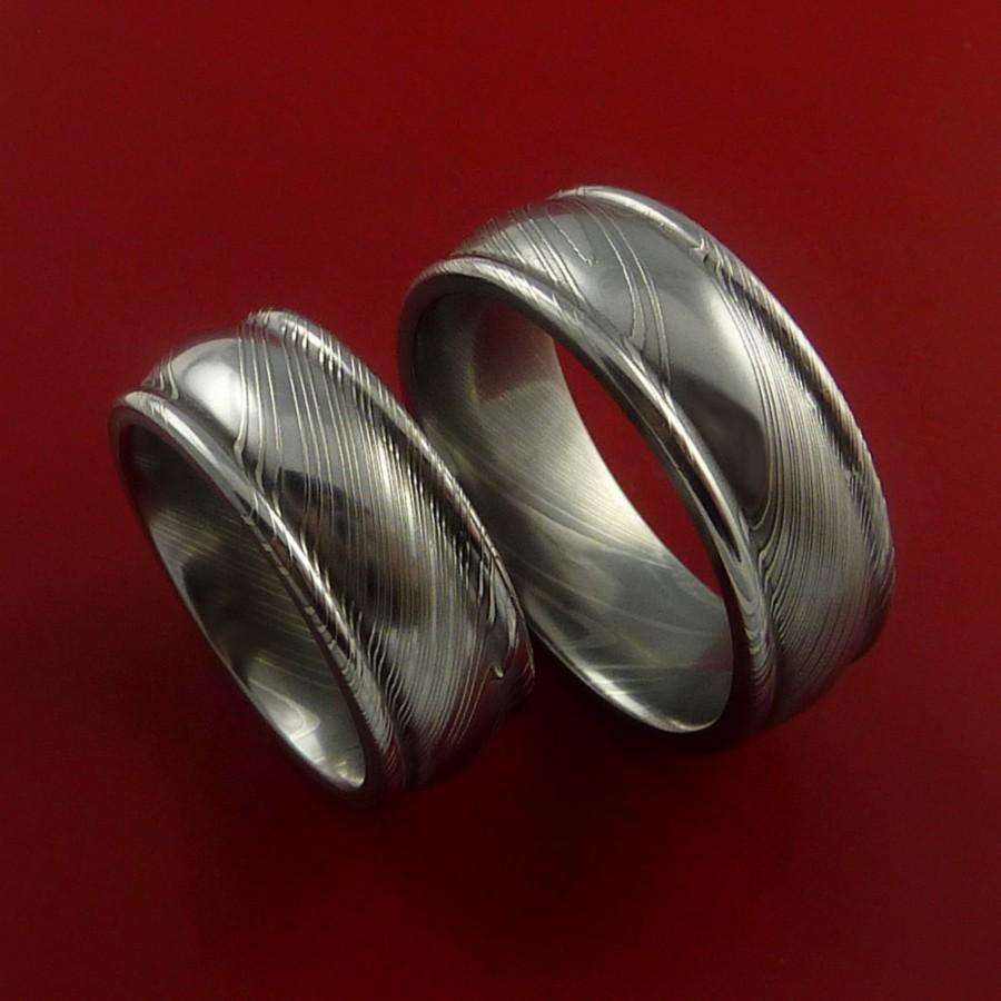 Свадьба - Matching Damascus Steel Ring Set Wedding Bands Genuine Craftsmanship