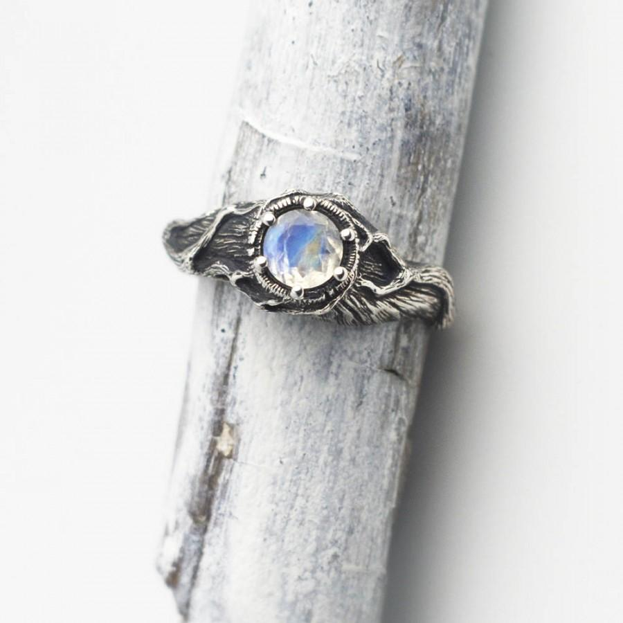 Свадьба - Rainbow Moonstone Ring, Nature Ring, Moonstone Engagement Ring, Sterling Silver Twigs, Branches Jewelry, Gem Stone