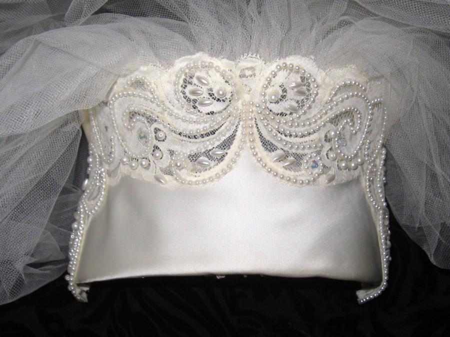 Mariage - VICTORIAN REVIVAL Vintage Pearl Bead Satin Bow Bridal Crown Tiara Headpiece WEDDING Veil Edwardian Nouveau Downton Gothic Millinery Fashion