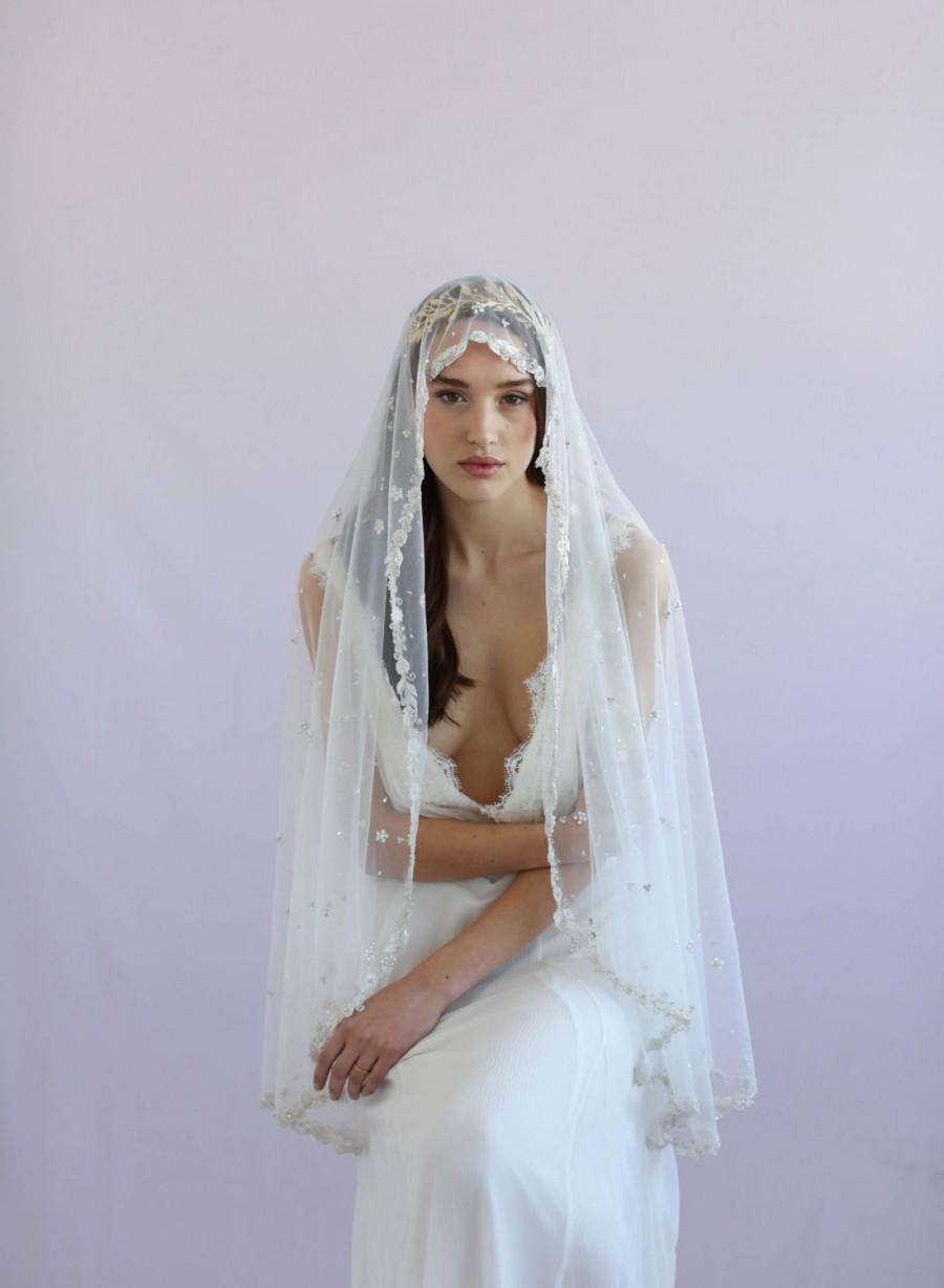 Mariage - Mantilla veil - Bead speckled and embroidered Mantilla fingertip veil - Style 639 - Ready to Ship
