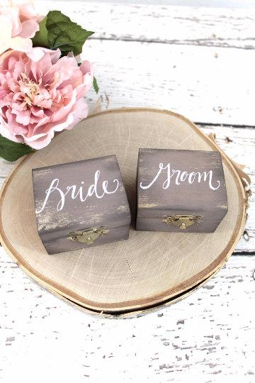 Mariage - Bride and Groom Ring Boxes with Burlap, Ring Bearer Pillow, Ring Box, Rustic Vintage Weddings, Latched Wedding Box