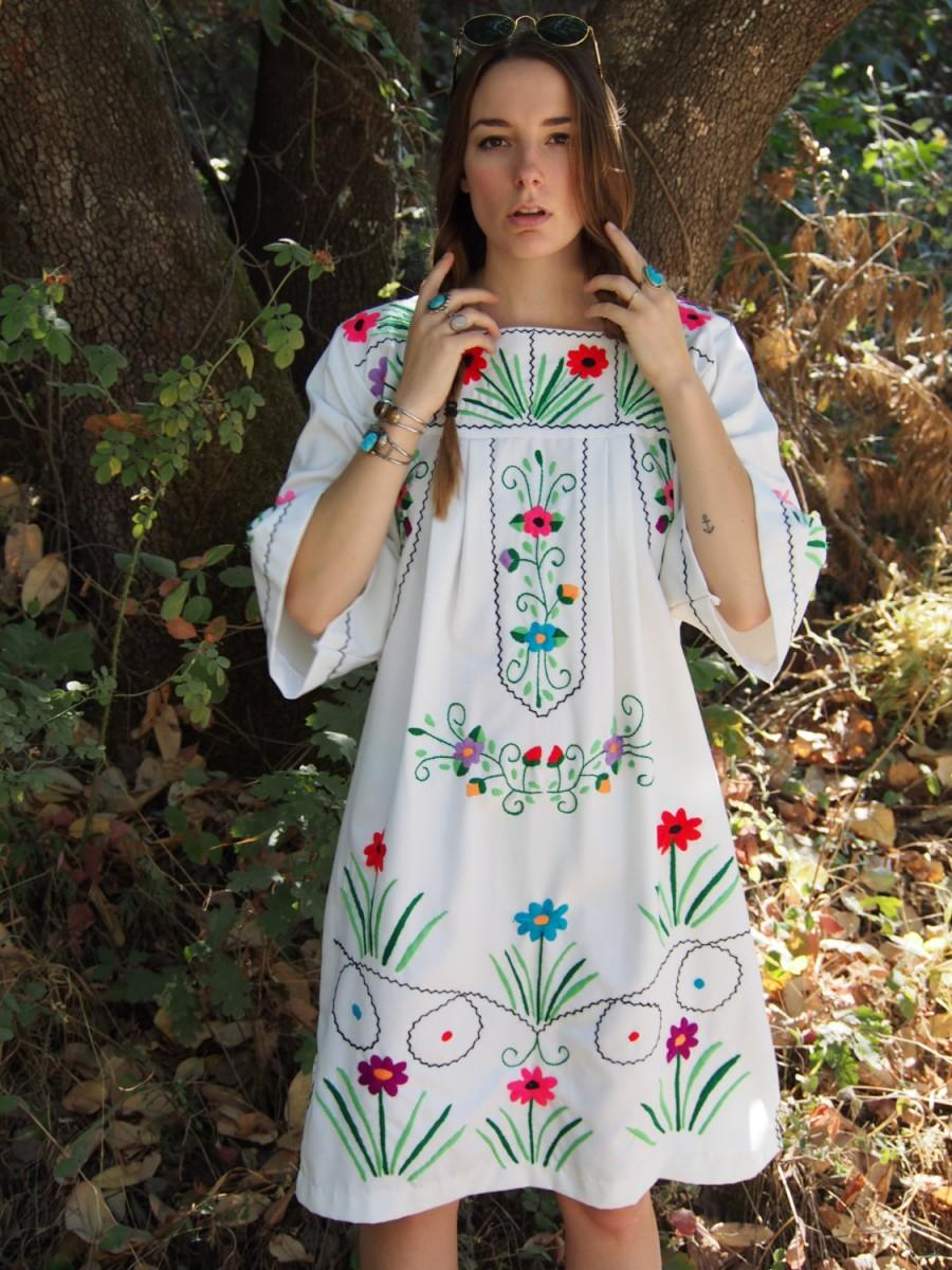 Свадьба - Beautiful Embroidered Vintage Floral Dress Gown Hippie Boho Festival Gypsy Flower Power Seventies 70s 80s Retro Mexican Handmade Colorful