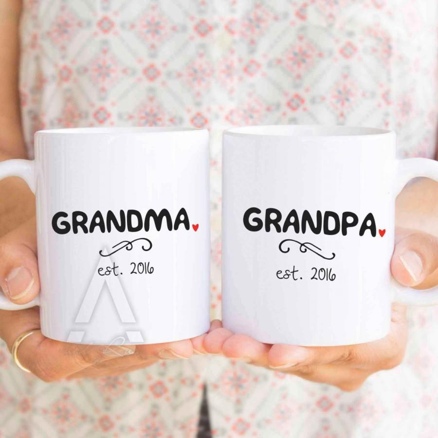 Mariage - new grandma gift, grandma established, best gifts for grandparents, personalized new grandparents gifts, new grandma coffee mugs  MU300