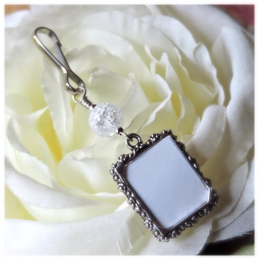 Свадьба - Wedding bouquet photo charm with crackled quartz.Bridal bouquet charm & small picture frame.Gift for a bride.Bridal shower gift. Remember me
