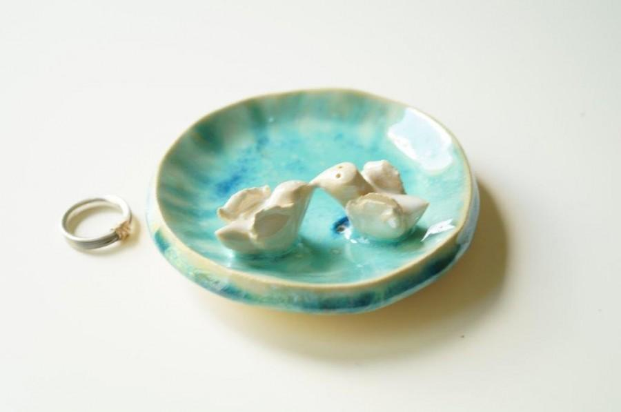 Mariage - Wedding Ring Holder, Engagement Ring Bowl, Wedding Present, Wedding Decor, Ceramic Plate, Bird Plate, Ceramics and Pottery