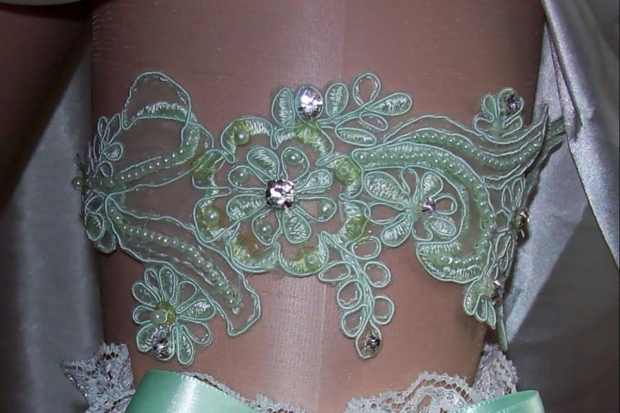 Mariage - Mint Wedding,Mint Green,Mint Lace,Rhinestone Garter,Mint Garter,Mint Garter Set,Plus Size Garter,Bridal Accessories,FREE Toss Garter