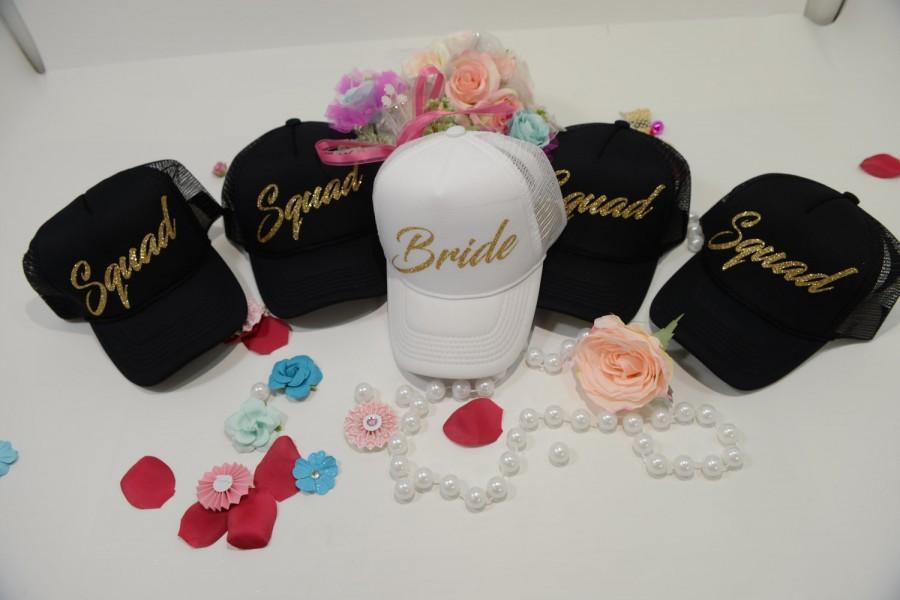 Mariage - Bride hat, squad hat, bachelorette party hat, bridesmaid hat, custom party hat, hen party hats, wedding party hats, Bachelorette hat,