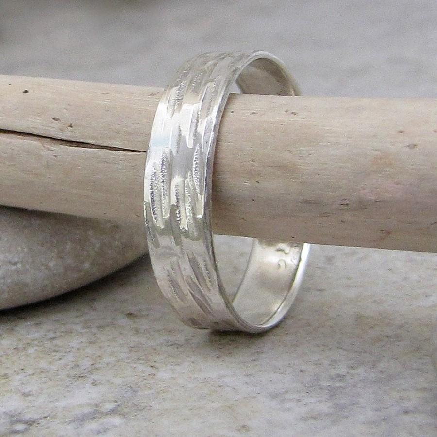 Mariage - Bark Wedding Band Silver Wedding Ring Hammered Rustic Wedding Bands Birch Bark Ring Unique Wedding Rings Woodgrain Ring Nature Jewelry
