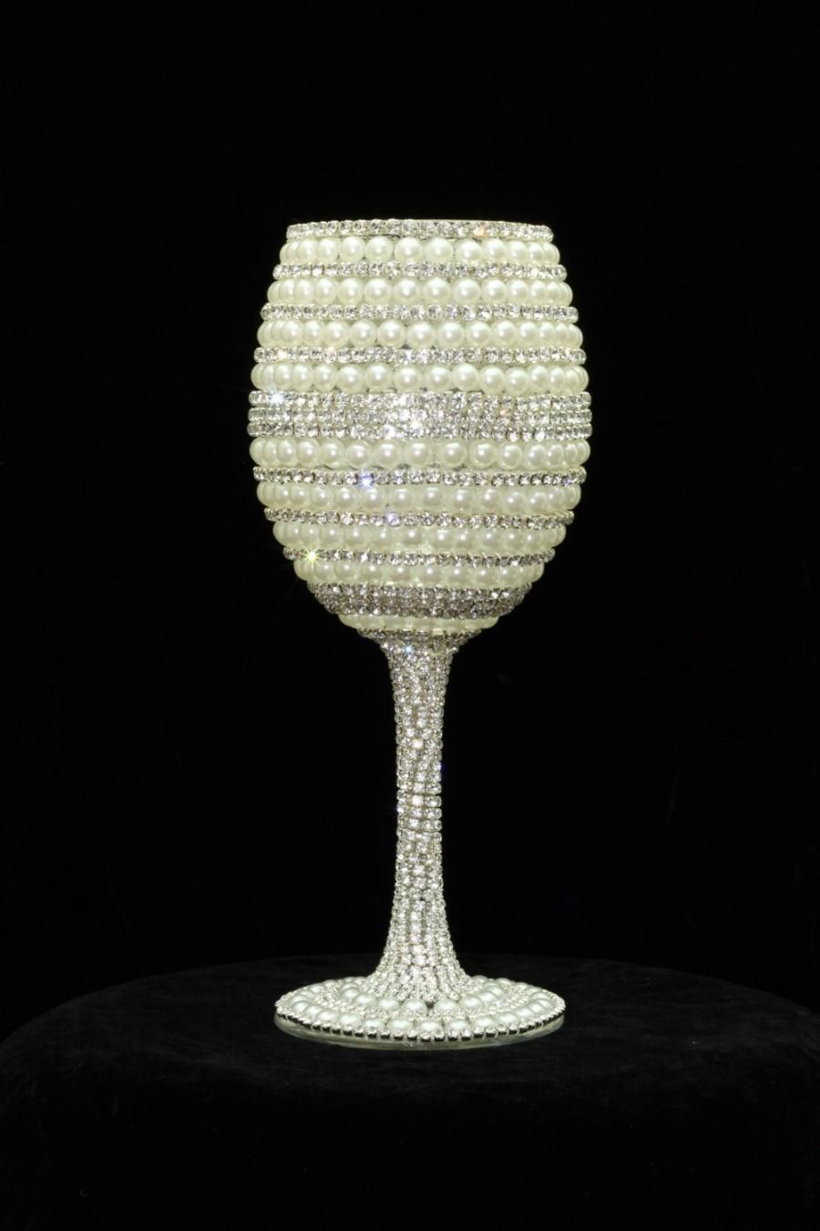 Mariage - Custom Made Wine Glasses Bride Wine Glass Wedding Glasses Bridesmaid Wine Glass Sweet 16 Rhinestone Crystals Party Glasses