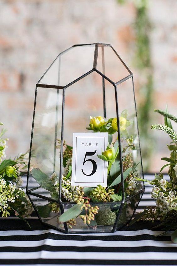 Hochzeit - 50 Glam Geometric & Terrarium Wedding Ideas