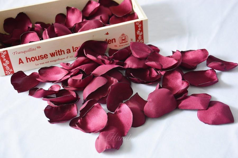 زفاف - Burgundy, Satin Rose Petals, Maroon, Wine, Silk Petals, Confetti, Wedding Decor, Fake Petals, Heart, Artificial petals, Fabric Flowers, Love