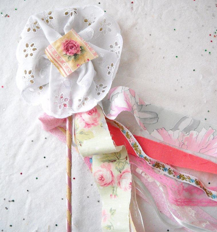 Wedding - Fabric Flower Wand, 1 Boho Streamer Wand, Flower Girl Bouquet Alternative, Fairy Birthday Party Favor, Cosplay Princess Dress Up Accessory