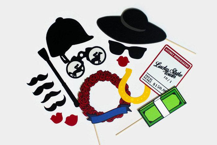 Свадьба - Kentucky Derby Photo Booth Props - Set of 16 Photobooth Party Props includes Rose Garland, Bet Ticket, Jockey Hat, and Money