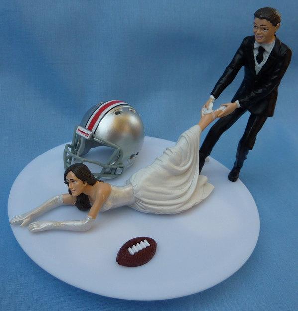 Mariage - Wedding Cake Topper Ohio State University Buckeyes OSU G Football Themed w/ Garter Bucks Sports Fan Bride Groom Funny Humorous Original