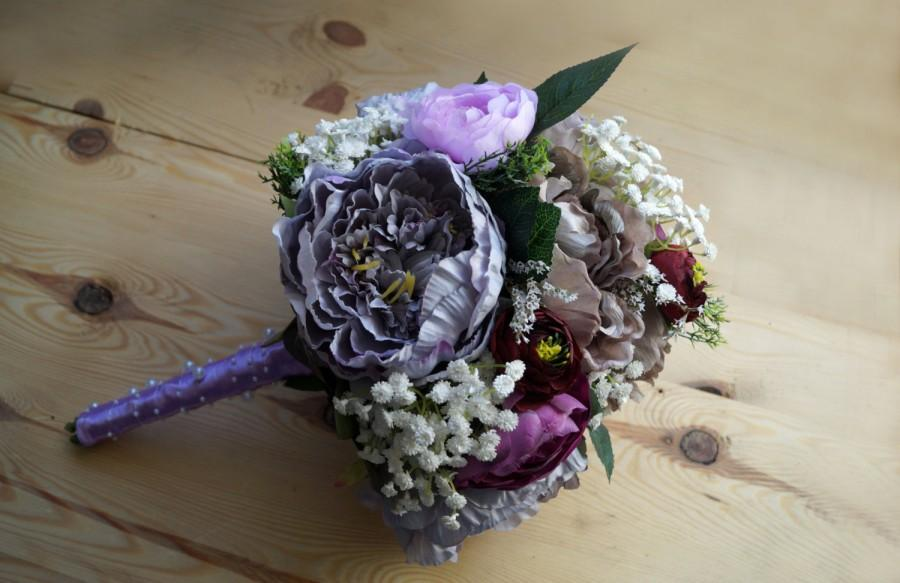 Mariage - READY TO SHIP Wedding bouquet Bridal Bouquet Artificial Flowers Glamour Wedding Romantic Weddings  Hollywood Chic purple peoni white tones