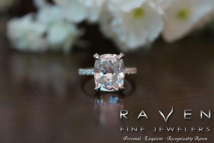 Mariage - 5 Carat Elongated Cushion Moissanite & Diamond Pave Engagement Ring, Hidden Halo, Side Halo, Diamond Prongs, 14k, 18k or Platinum, Pave Ring
