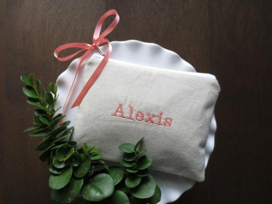 Mariage - Personalized makeup bag, embroidered, linen blend, zipper, satin ribbon, bow, bridesmaid gift, handbag, personalized gift, zipper pouch
