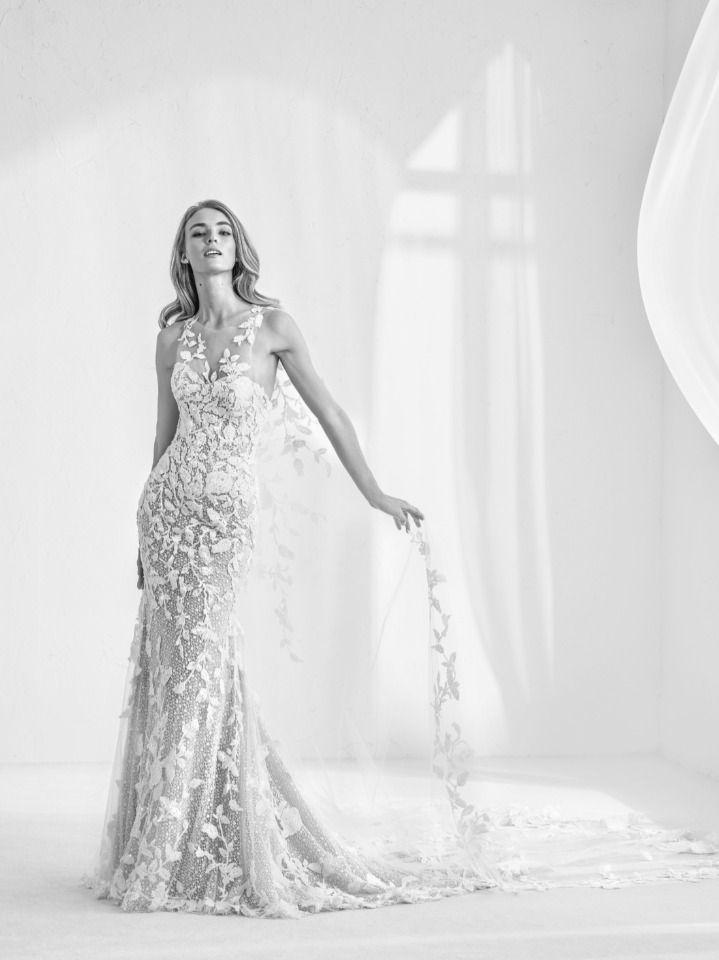 Hochzeit - Pronovias Fashion Show Live Stream From Barcelona